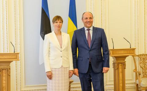 Kersti Kaljulaid with Chair of the Ukrainian Parliament Andriy Parubiy