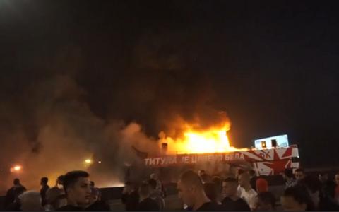 Belgradi Red Stari põlema süttinud buss.