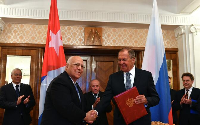 Kuuba asepresident Ricardo Cabrisas Ruiz ja Venemaa välisminister Sergei Lavrov 22. mail Moskvas.