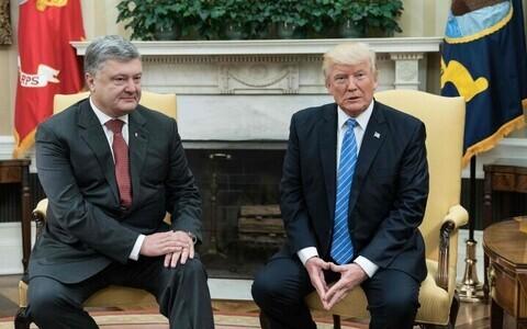 Президент Украины Петр Порошенко встретился с Дональдом Трампом в Белом доме в июне 2017 года.