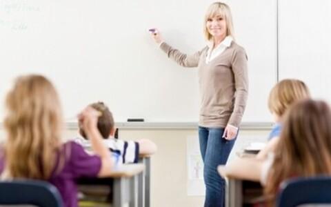 Kujundava hindamise põhimõte on toetada õpilase arengut tihedama tagasisidestamise kaudu kogu õppeprotsessi vältel.