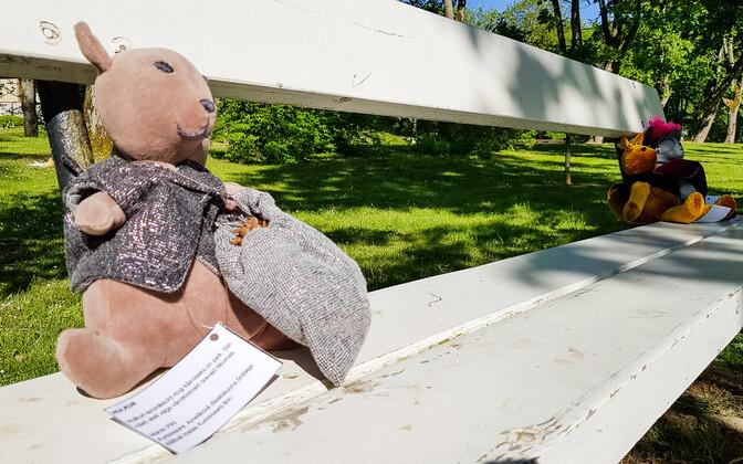 Kuressaare lossipark täitus oravatega