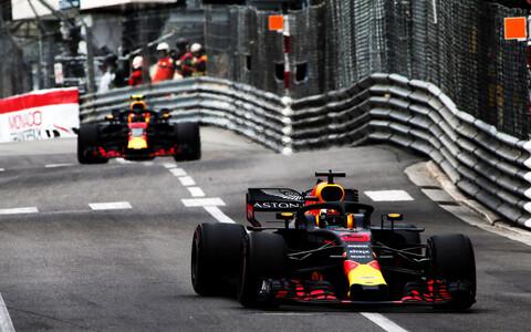 Red Bull Racingu piloodid Daniel Ricciardo ja Max Verstappen
