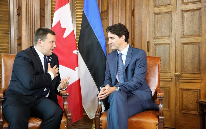 Prime Minister Jüri Ratas (Centre) with Prime Minister Justin Trudeau in Ottawa on Monday. 28 May, 2018.