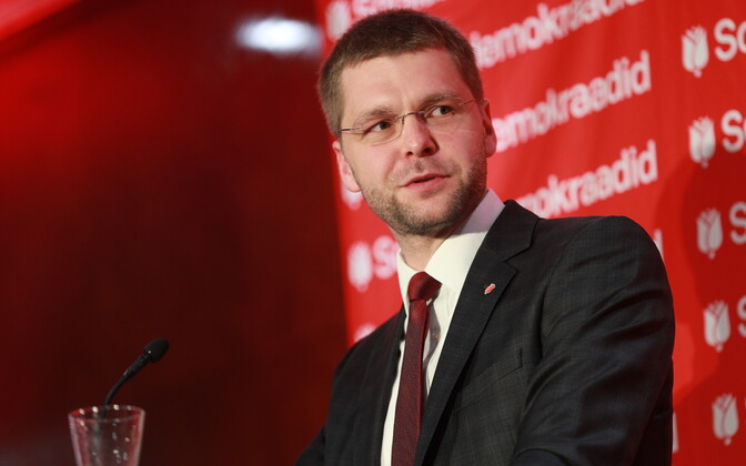 Jevgeni Ossinovski sotsiaaldemokraatide üldkogul.