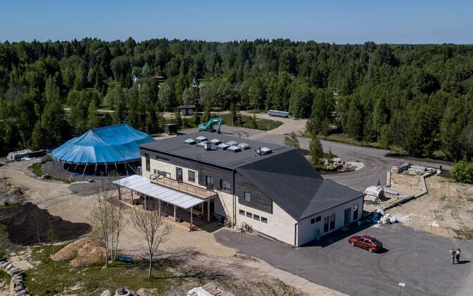 Lilleorgu ehitatav koolimaja.