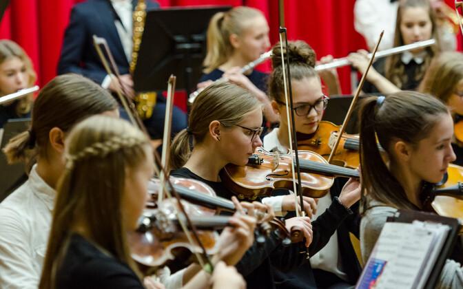 Ka Tallinna Muusikakoolis tõuseb uuest aastast õppetasu.