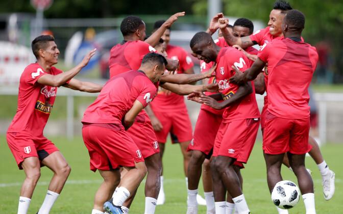 Peruu jalgpallikoondislased treeningul