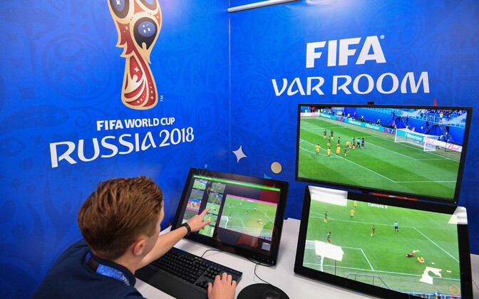 Videokohtunike tööruum Moskvas jalgpalli MM-il.