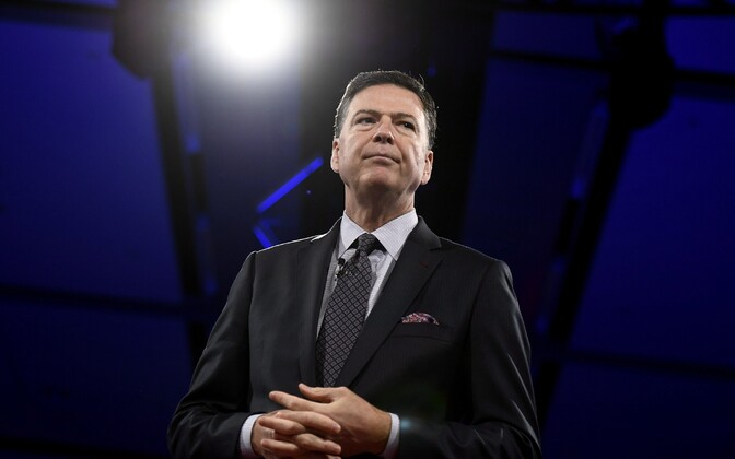 Endine FBI direktor James Comey.