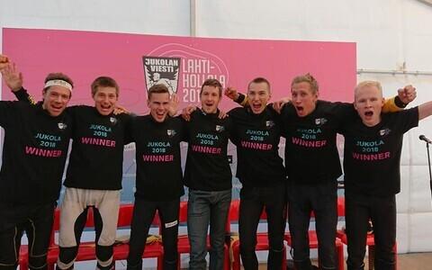 Paremalt vasakule: Joni Hirvikallio, Topi Anjala, Lauri Sild, Oleksandr Kratov, Kenny Kivikas, Timo Sild, Daniel Hubmann