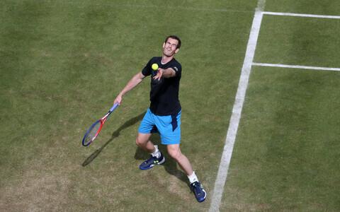Andy Murray Londonis harjutamas.