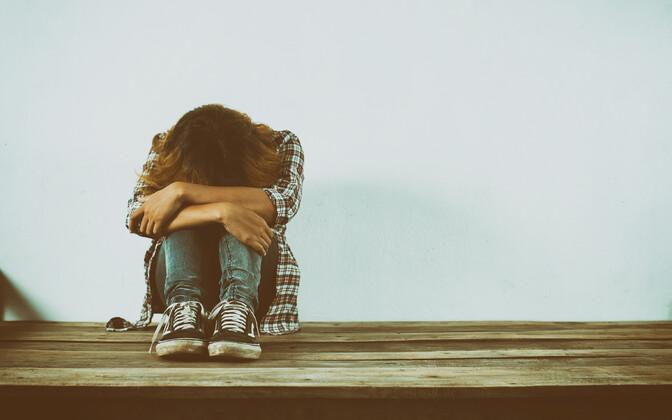 Alaealistest esineb depressiooni enim teismelistel tüdrukutel.
