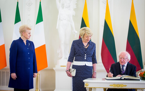 Irish President Michael D. Higgins met with Lithuanian President Dalia Grybauskaitė in Vilnius on Tuesday. 19 June, 2018.