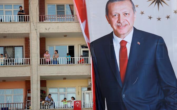 Türgi presidendi valimisplakat.