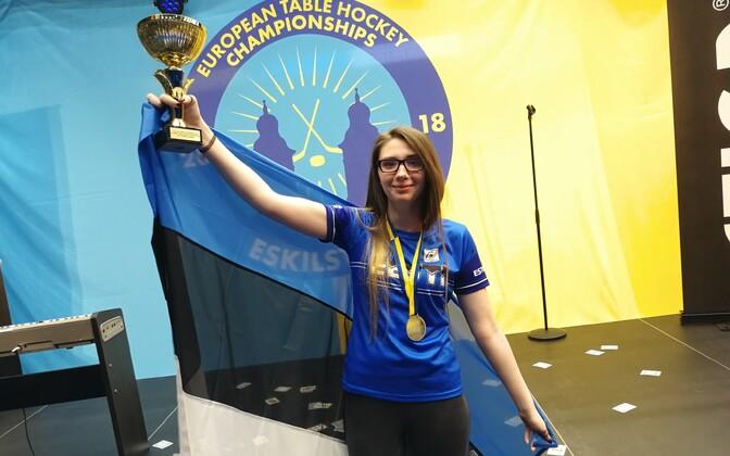 Мария Савельева на чемпионате Европы по настольному хоккею.