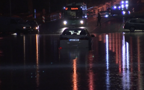 Flooded street in Tallinn last night
