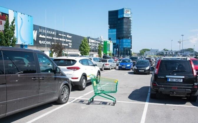 Rocca al Mare kaubanduskeskus saab laiendamise tulemusel juurde üle kahe korra enam parkimiskohti.