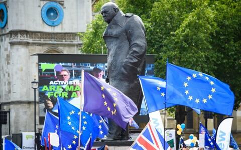 В июне вцентре Лондона протестующие требовали народного референдума по условиям соглашения по брекситу.