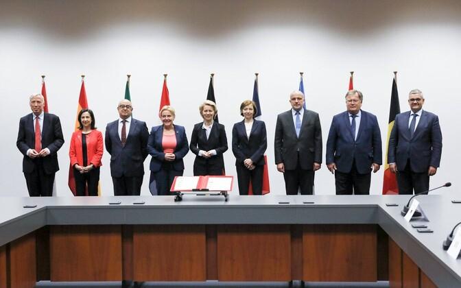 Министры обороны 9 стран подписали протокол о совместных намерениях в рамках Европейской оборонной инициативы.