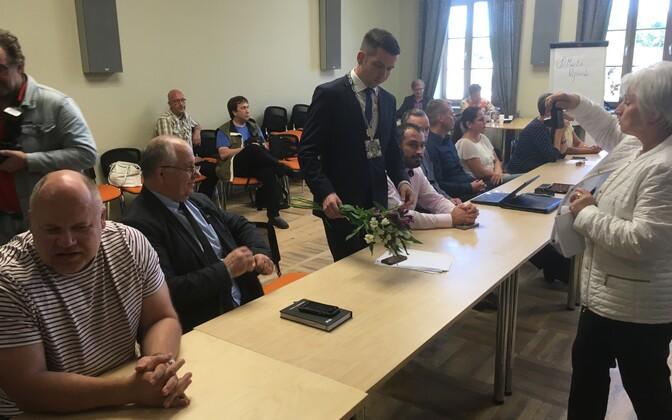 Martin Repinski valimine Jõhvi vallavanemaks.