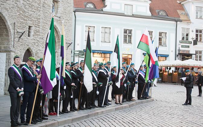 Üliõpilasorganisatsioonide rongkäik Tallinnas vastupanuvõitluse päeva puhul.