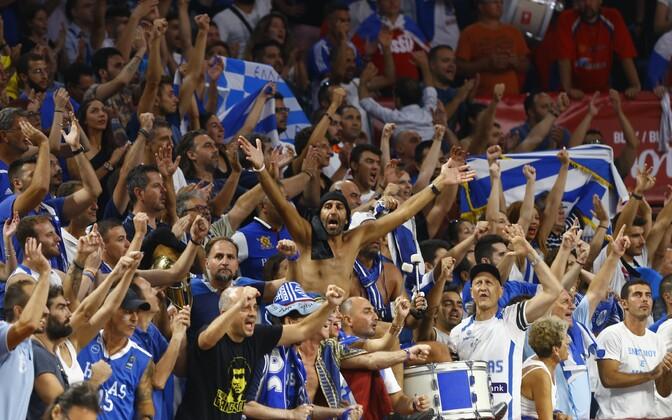 Kreeka korvpallifännid
