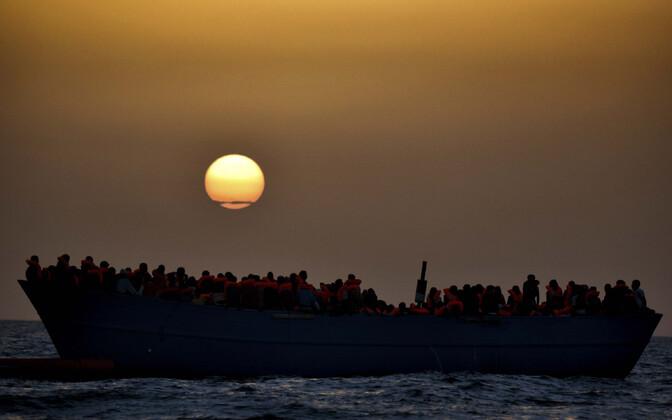 Migrantide laev Vahemerel, arhiivifoto.