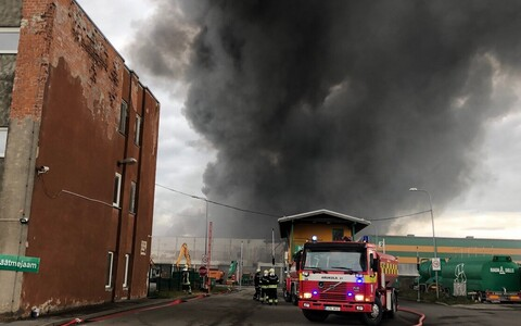 Fire at Ragn-Sells' Tallinn waste fuel plant, 29 June 2018.