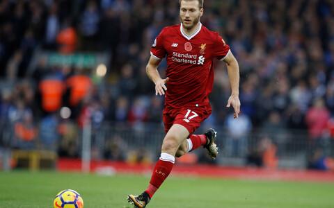 Ragnar Klavan Liverpooli särgis.