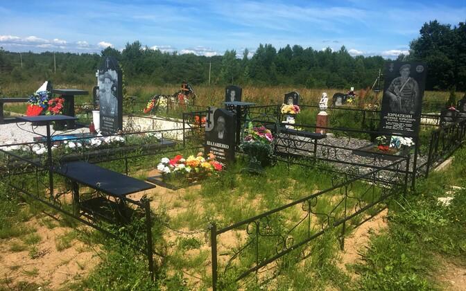 Kalmistu Võbutõ kirikkülas, mis asub Velikaja jõe kaldal, Pihkvast 12 km kaugusel.