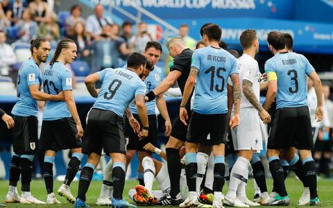 Uruguay jalgpallurid annavad Kylian Mbappele teada, mida nad temast arvavad.