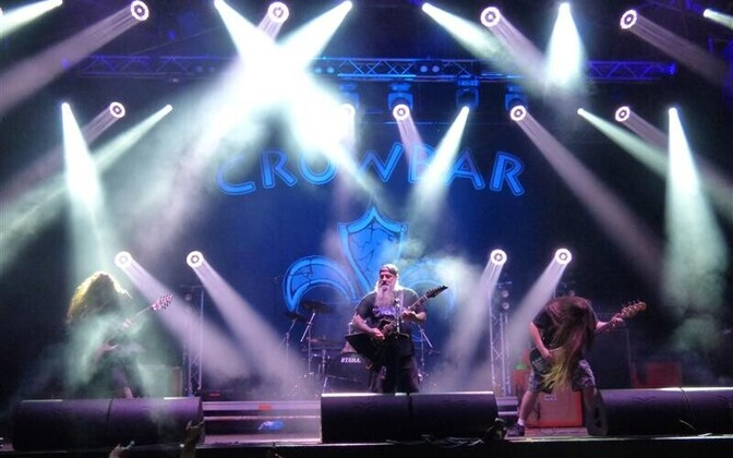"""Maailmas on miljoneid traadibände, aga seni üksteist stuudioalbumit avaldanud Crowbar on üks neist vähestest, keda on vist võimatu kellegi teisega segamini ajada. Kui """"uussiiruse"""" mõiste oleks olnud olemas juba 1990. aastate alguses, võinuks seda rakendad"""