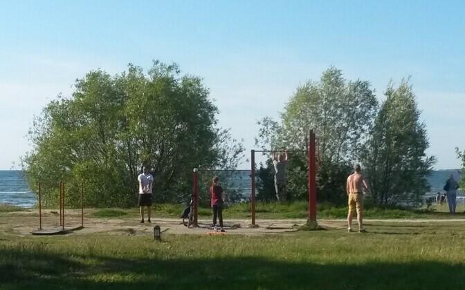 Спортивную площадку перенесут уже в конце июля.