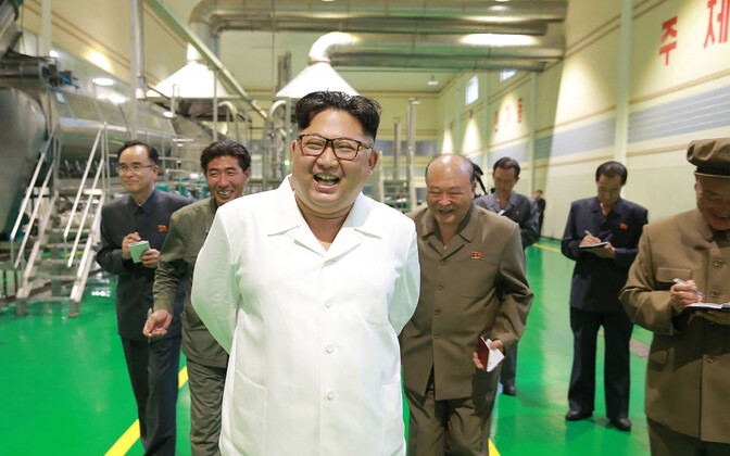 Põhja-Korea liider Kim Jong-un külastamas juulis Samjiyoni kartulitärklisetehast.