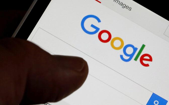 Google'i otsingumootor nutitelefonis.