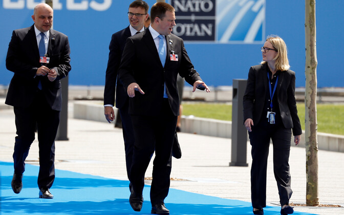 Minister of Defence Jüri Luik (IRL), Minister of Foreign Affairs Sven Mikser (SDE) and Prime Minister Jüri Ratas (Centre) arriving at the 2018 Brussels Summit. 11 July, 2018.
