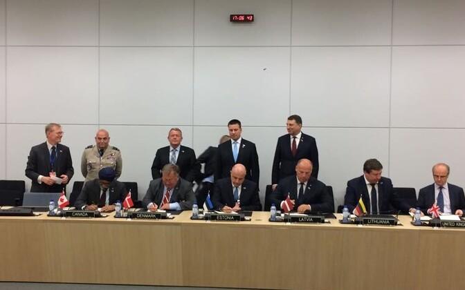 подписали заявление о создании штаба многонациональной дивизии