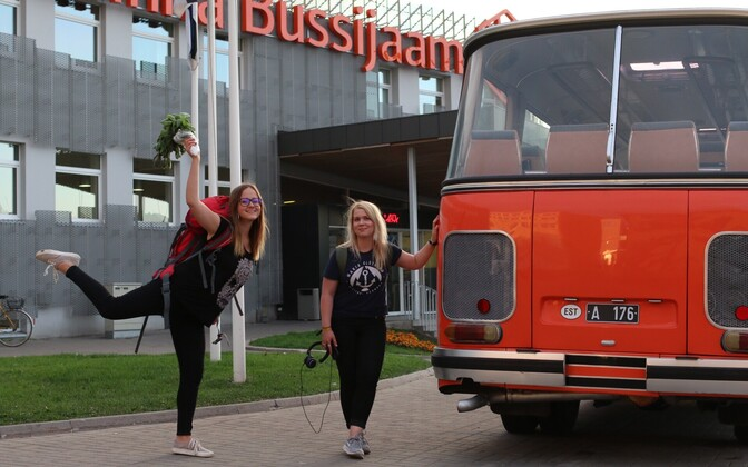 Anette Parksepp and Merit Maarits at their final destination of Tallinn bus station last night.