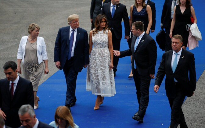 Jüri Ratas (right) arriving at the NATO dinner together with Donald and Melania Trump and Karin Ratas (left).