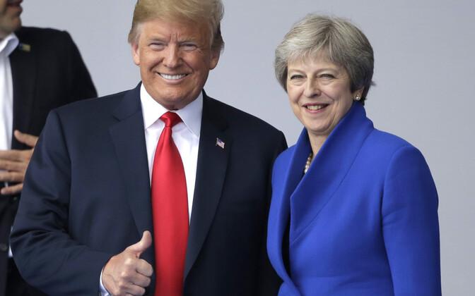 Donald Trump ja Theresa May NATO tippkohtumisel.