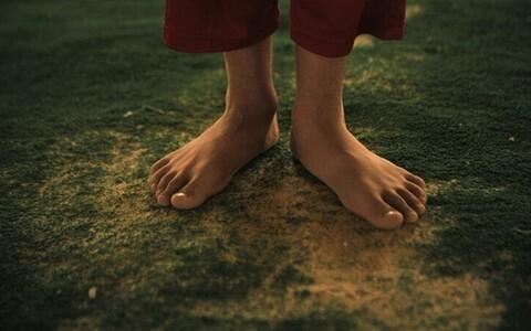 Varasemad uuringud on näidanud, et paljajalu jooksmine aitab sportlastel vigastusi vältida