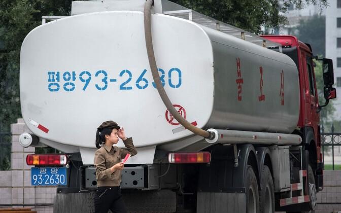 Kütuseveok Pyongyangis.