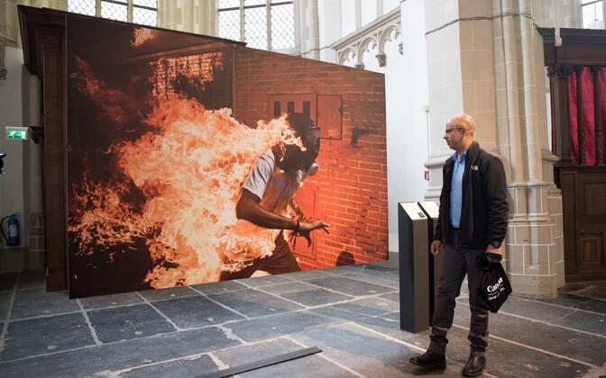 В 2018 году лучшим на конкурсе World Press Photo был признан снимок Роналдо Шемидта.