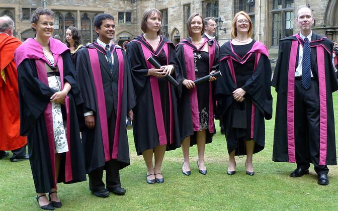 Lõpetamine Glasgow ülikoolis - Inglismaa ülikoolid on Eestist pärit õppurite hulgas populaarsed.