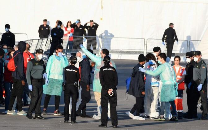 Мигранты в Испании.