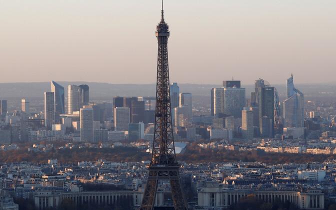 Pariis, tasutal finantspiirkond La Defense.