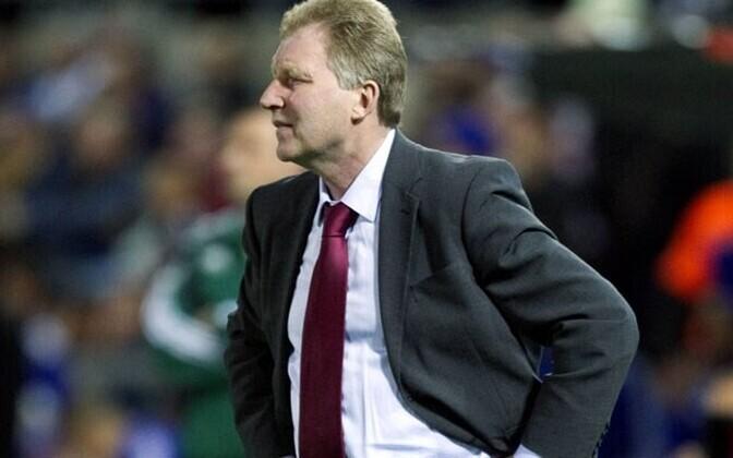 В роли тренера легенд латвийского футбола выступит Александр Старков.