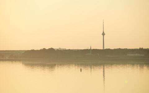 Päikeseline varahommik.