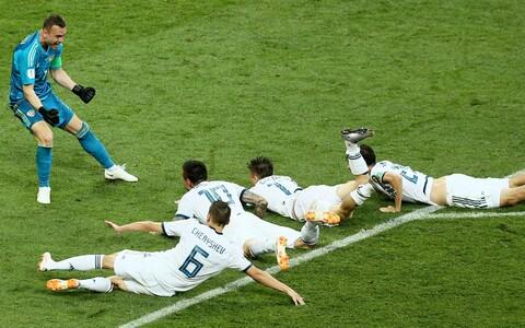 Joosep Martinsoni foto penaltiseeria järel Hispaania alistanud Venemaa jalgpallikoondislastest